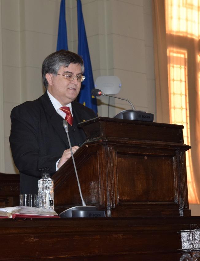 Prof Mircea Dumitru, m.c